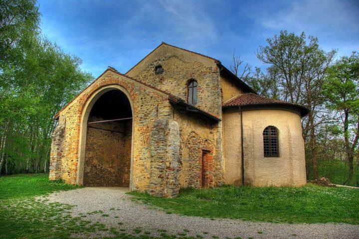 ロンゴバルド族の建築物(http://worldheritagesite.xyz/)
