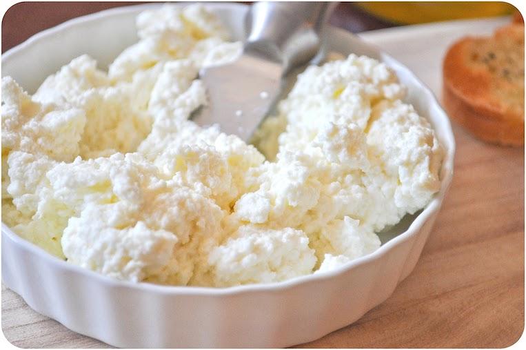 Homemade+Ricotta+Cheese-0013