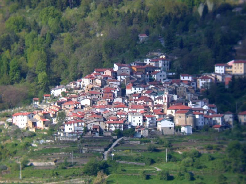 【小さな村の物語 イタリア】第186回 モンテグロッソ・ピアン・ラッテ