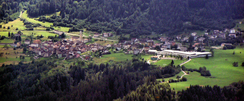 http://www.comunecintetesino.it/images/home/slide2.jpg