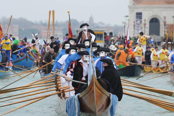 http://www.partecipiamo.it/carnevale/venezia/immagini_2015/venezia_2015_00007.jpg
