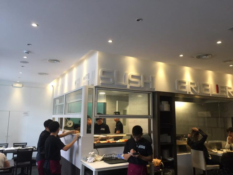 寿司屋もローマには多い