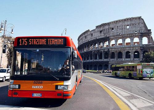 ローマの移動はこれで完璧!バスとトラムの利用方法・混雑具合・注意点を完全解説