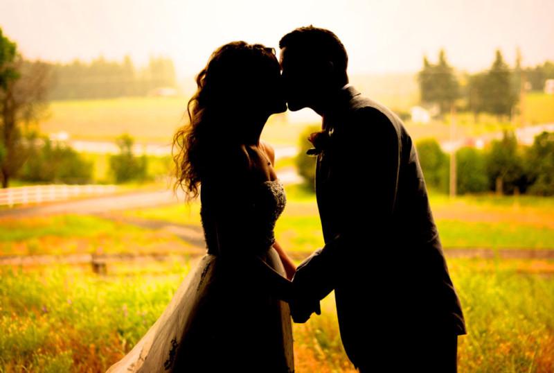 記念日はバラを渡す?!日本と違うイタリア人の恋人との付き合い方 5つの特徴