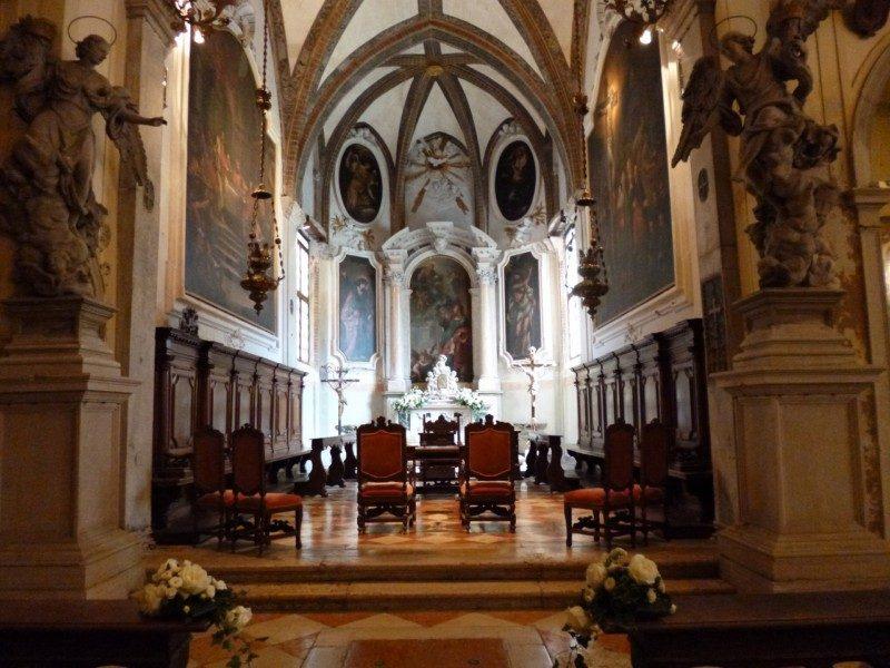 サン・ジョヴァンニ・エヴァンジェリスタ教会