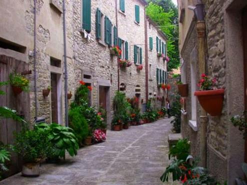 borgo-antico-di-portico-494x370