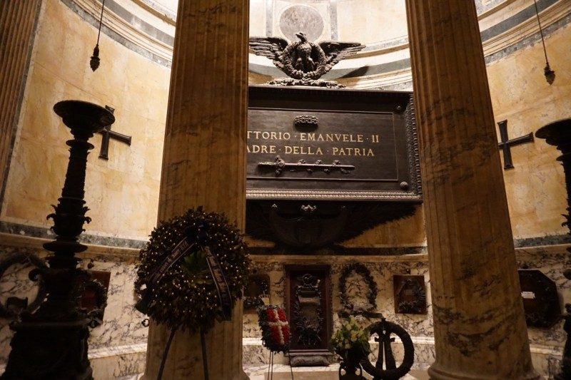 ヴィットーリオ・エマヌエーレ2世のお墓・パンテオン