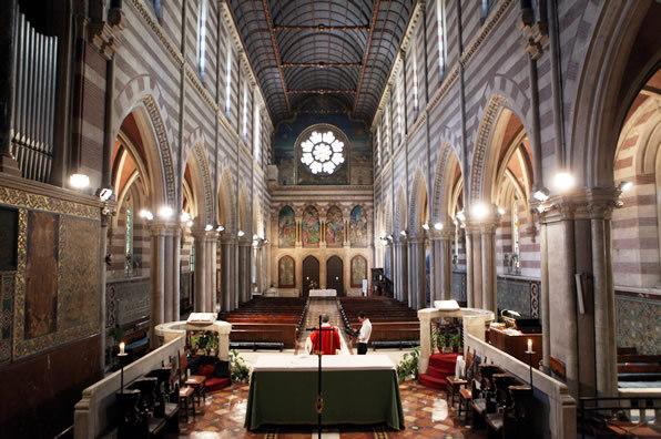 セント・ポールズ・ウィズイン・ザ・ウォールズ教会