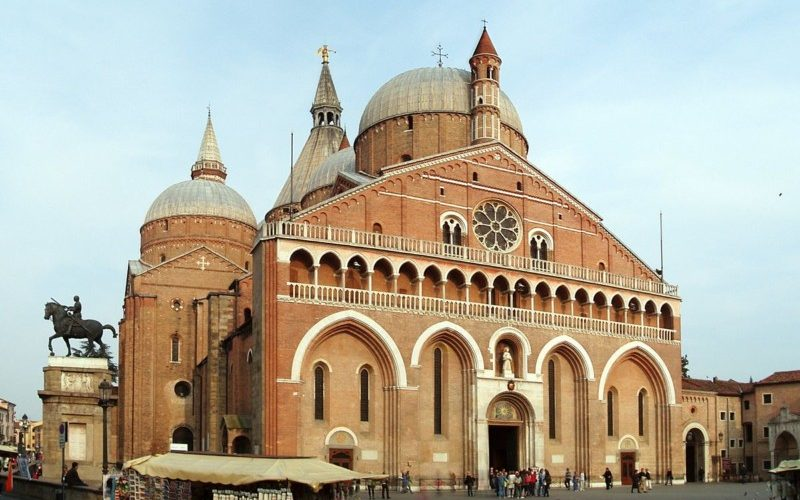 サンタントーニオ・ダ・パードヴァ聖堂