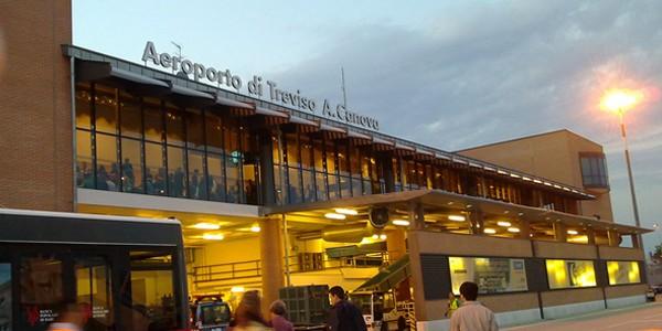 トレヴィーゾ空港とヴェネチア市内のアクセス徹底解説