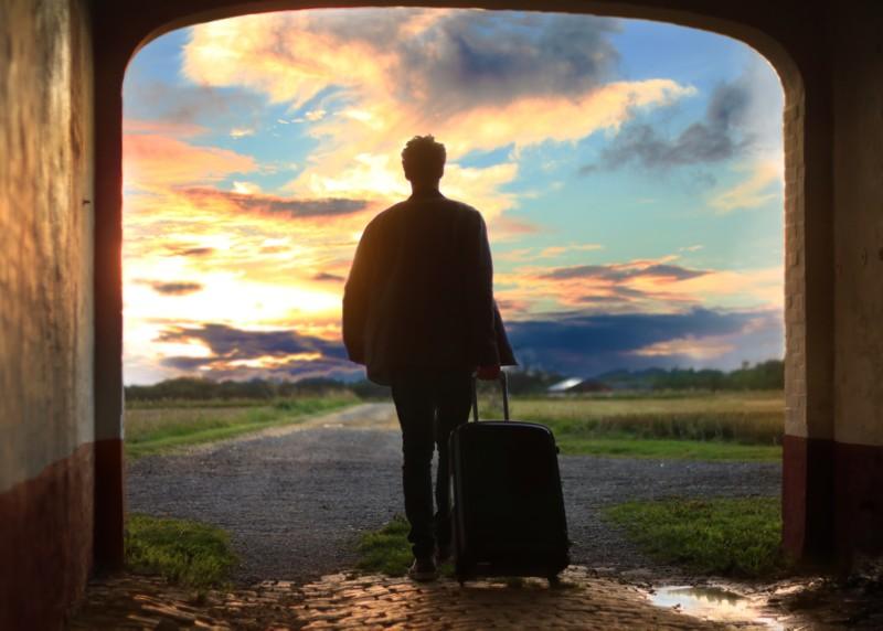 スーツケースを選ぶ上で大切な5つのポイントとオススメの5ブランドを徹底解説