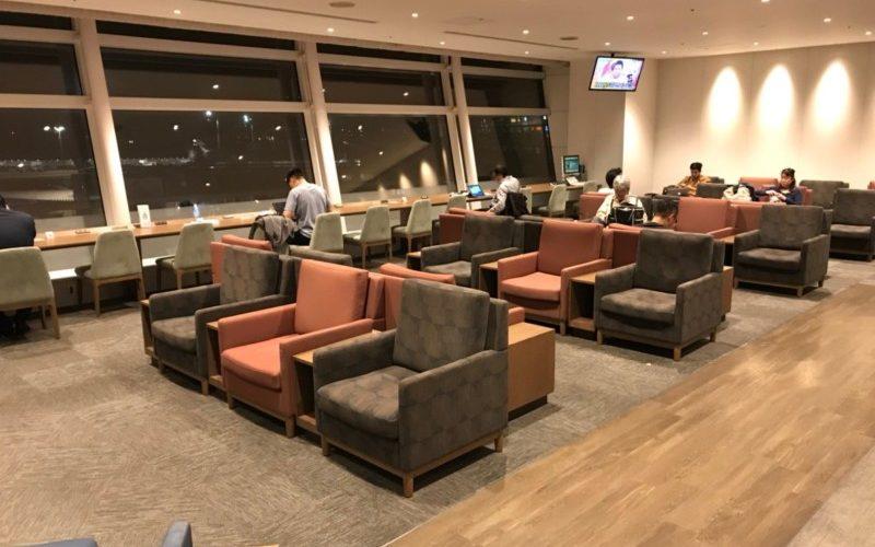 羽田空港・ラウンジ