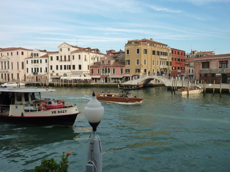 """ホテル税以外にも!ヴェネツィアで""""訪問税""""の導入が決まり、観光客に打撃か"""