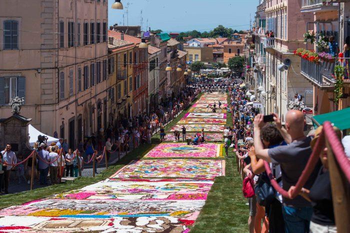 イタリア、ジェンツァーノの花祭り『インフィオラータ 2020』の状況