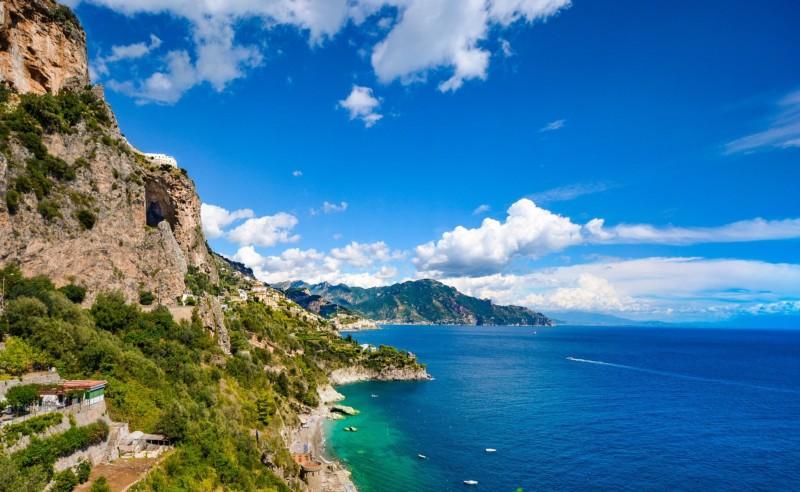 日焼けはステータス?!海に入らないけど海が好きなイタリア人