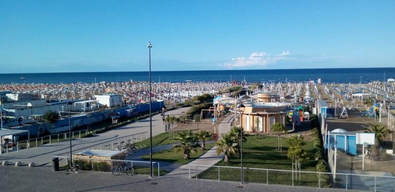 イタリアの夏のバカンス地、リミニの観光スポット6選!
