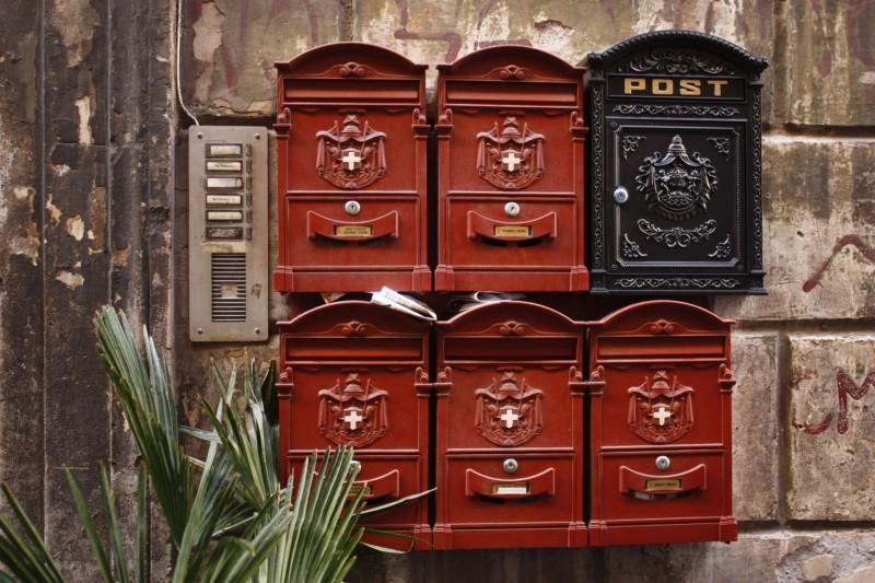 なぜイタリアの郵便サービスは、これほどまでに低評価なの?